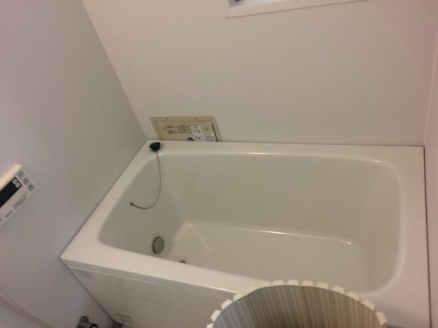 ホールインワンで浴室を広く