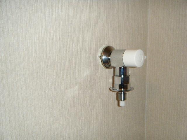緊急遮断弁付洗濯水栓