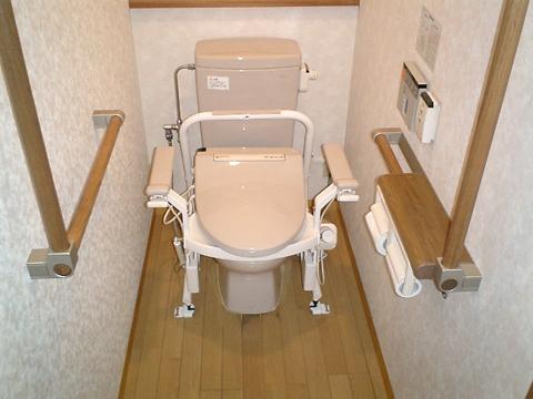 トイレ介護用設置